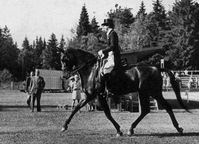 1952OG-Lis_Hartel-Jubilee